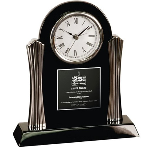VC76 - Desk Clock with Silver Metal Columns