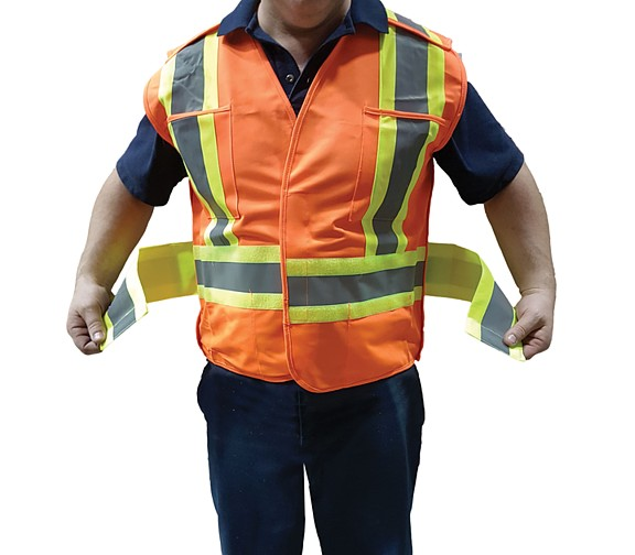 TSV2OG18U - CSA Universal Traffic Vests